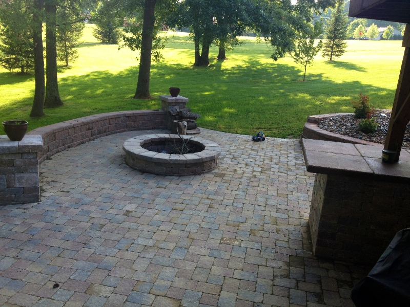 patio-and-fire-pit-2